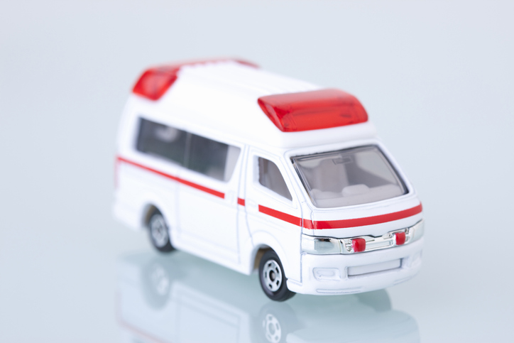 友人が呼んでくれた救急車で搬送されることに(写真:iStock)