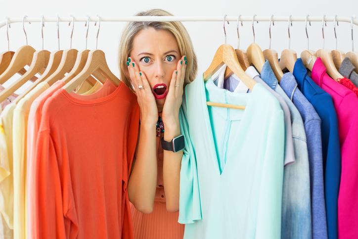 「いつも新しい服だよね」の指摘にドキッ(写真:iStock)