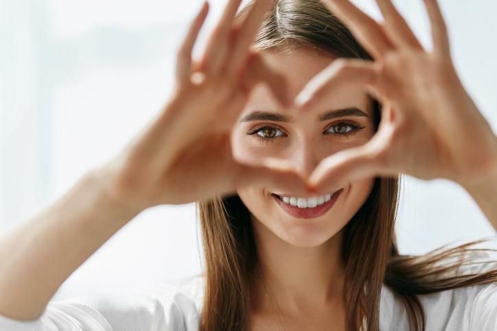 笑顔がすてきな人になりたい(写真:iStock)