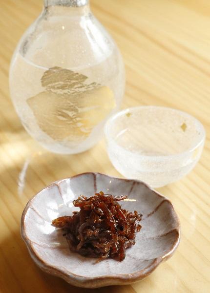 合う酒=至(辛口純米原酒)(C)コクハク