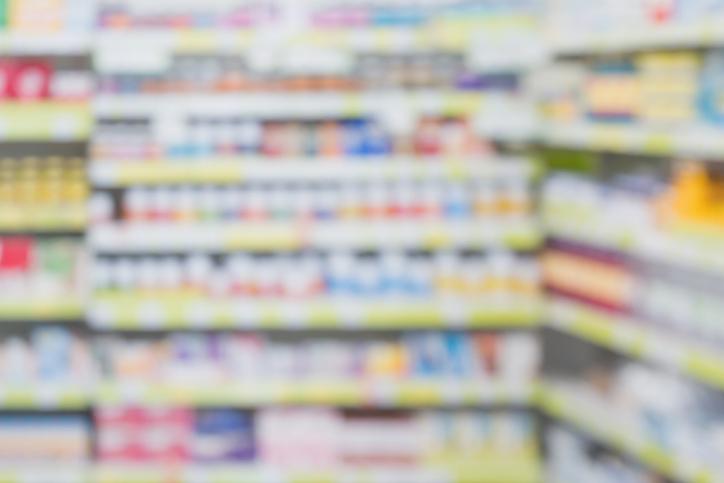使える市販薬は限られている(写真:iStock)