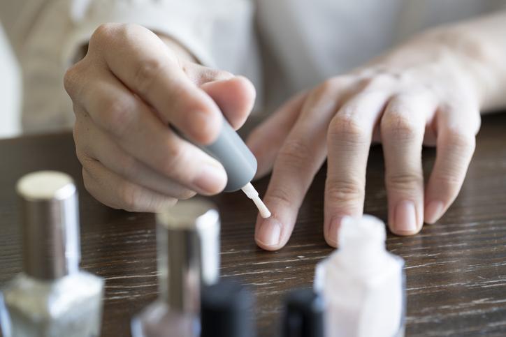 指先の清潔感は大切(写真:iStock)
