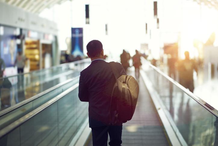 収束するまで夫には家を出てもらう(写真:iStock)