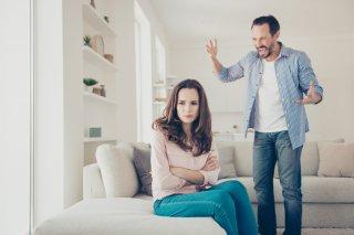 これは愛情…?嫉妬深い男性に要注意!注目すべき7つの特徴