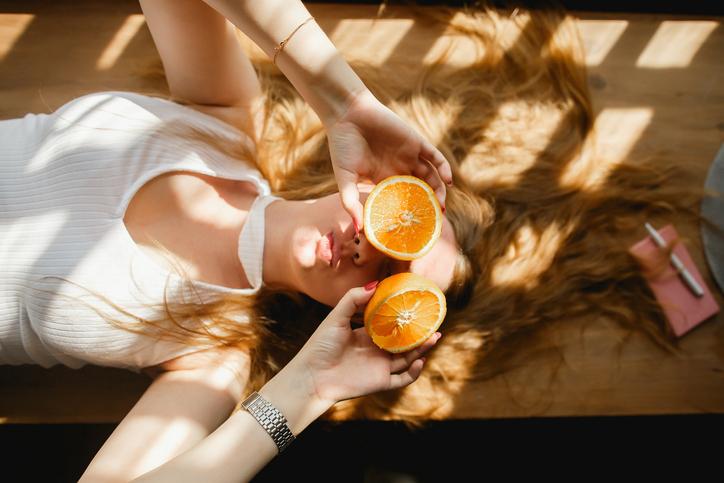 ビタミンCを味方につけて美肌に(写真:iStock)