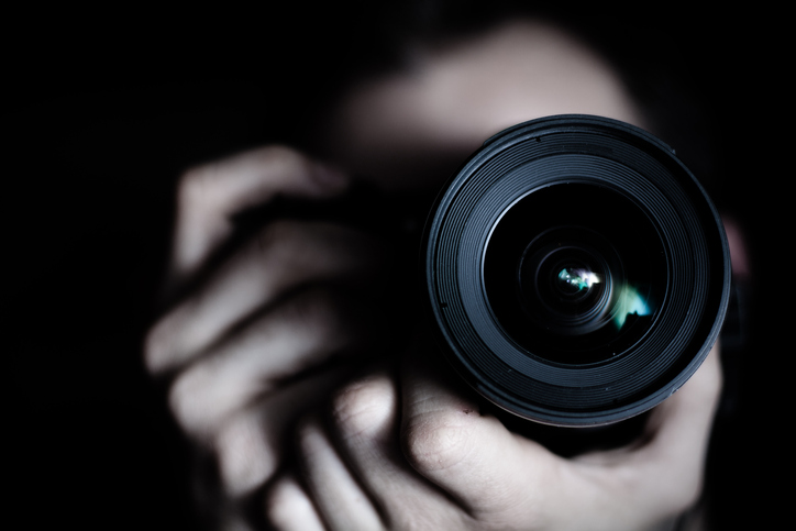 カメラマンの彼の真意は?(写真:iStock)