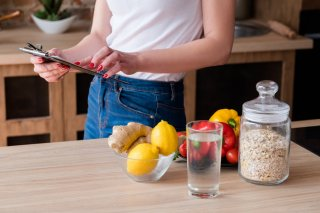 今すぐ実践! 食欲を抑える6つの方法で美ボディを目指して♡