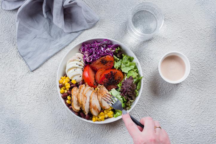 バランスの良い食事が美爪を作る(写真:iStock)