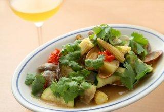 「アサリと夏野菜のコリアンダー蒸し」シンプルだけど美味!