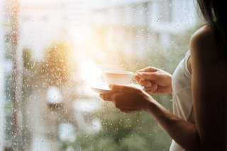 原因は梅雨の湿気…プチ不調を撃退する食生活を栄養士が伝授