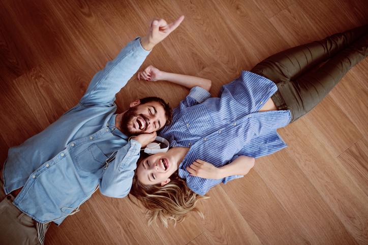 一緒にいるとこっちも笑顔に♪(写真:iStock)