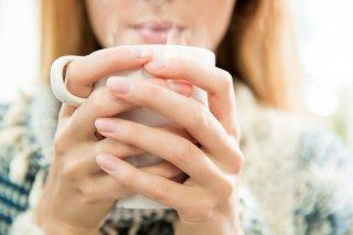 白湯とお湯の違いって?女性に嬉しいメリット&簡単な作り方