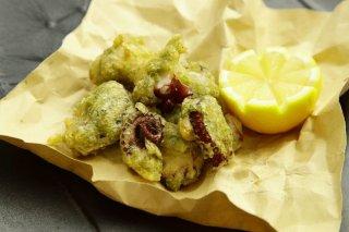 ナポリの定番!海藻を混ぜて揚げる「マダコのゼッポリーネ」