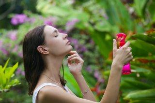 知らないと損!夏場にミスト化粧水を使うメリット&使い方