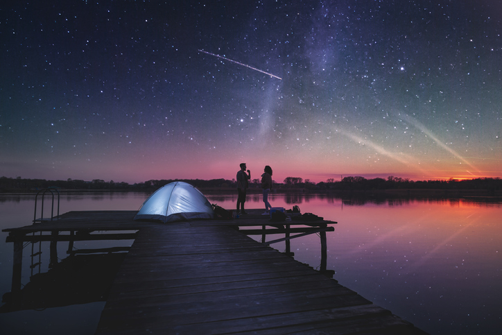 ロマンチックな夏を過ごせるかも(写真:iStock)