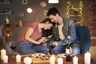 男性が女性を意識する瞬間10選!恋の始まりを引き寄せて♡