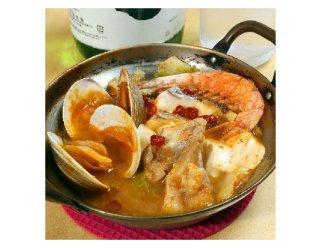 1人用小鍋で作る「チゲ鍋」 ピリ辛の魚介と豆腐をつまむ至福