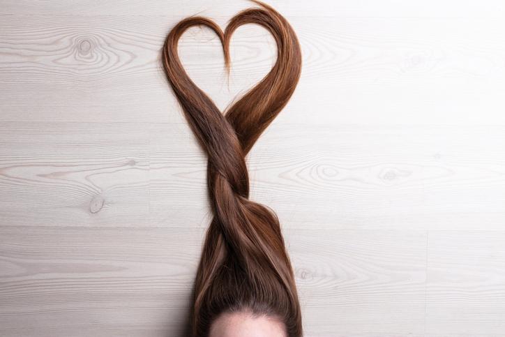 自分の髪質に合った寝癖対策を(写真:iStock)