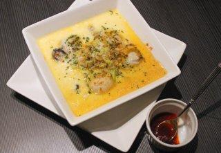 旬の牡蠣を使って平たいお皿で作る「牡蠣の中華風茶碗蒸し」