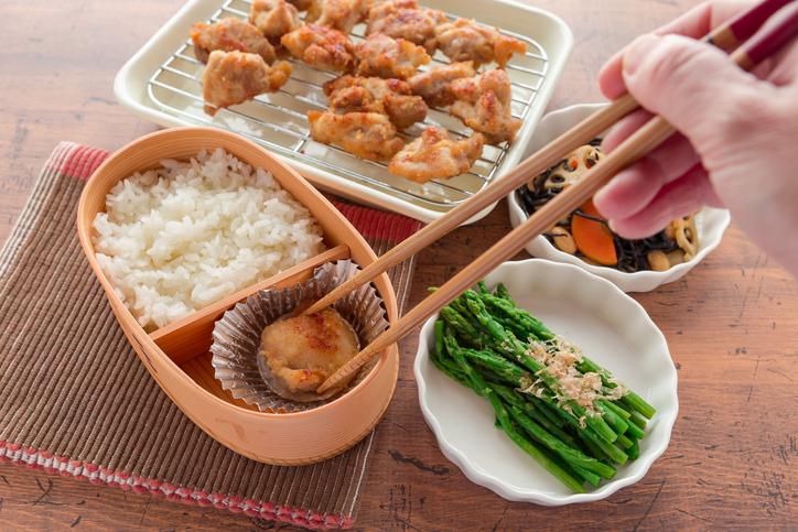 手作りお弁当でアピール♡(写真:iStock)
