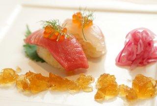 「握り寿司に見立てたリゾット」見た目と味のギャップに驚く