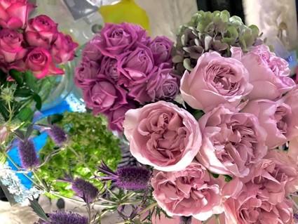 花は悪い気を吸ってアナタの代わりに死んでいくのです(写真:浅野光寿)