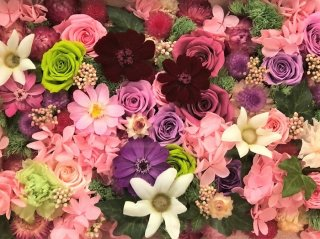 花を贈られるのは迷惑? 受け取る女性の心理を花屋が考察