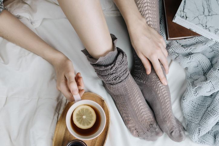 お気に入りのお茶を飲んでリラックス(写真:iStock)