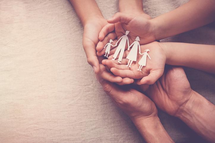 家族の関係をよりよいものに(写真:iStock)