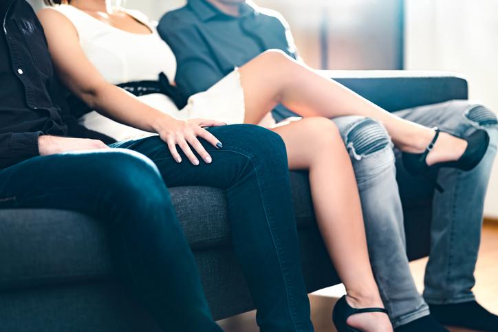 3人でのセックスはその後も続いた(写真:iStock)