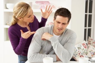 何をしてもダメ出し…妻に怯えながら家庭生活を営む夫の悲哀