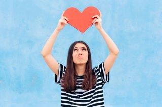 好きな人の前で緊張してしまう…心理やドキドキしない対処法