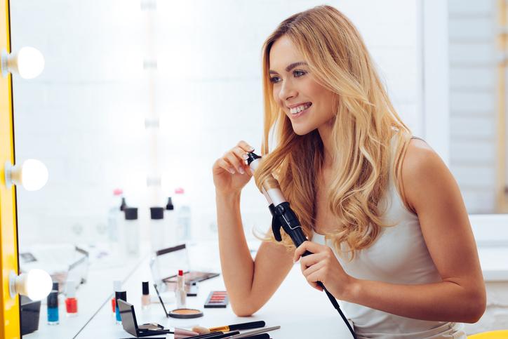 あなただけの巻き髪スタイルを(写真:iStock)