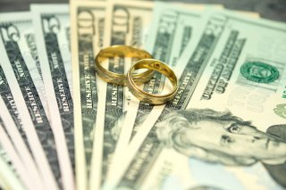 欲しかったのは経済的な安定…年上女性と再婚した男の打算