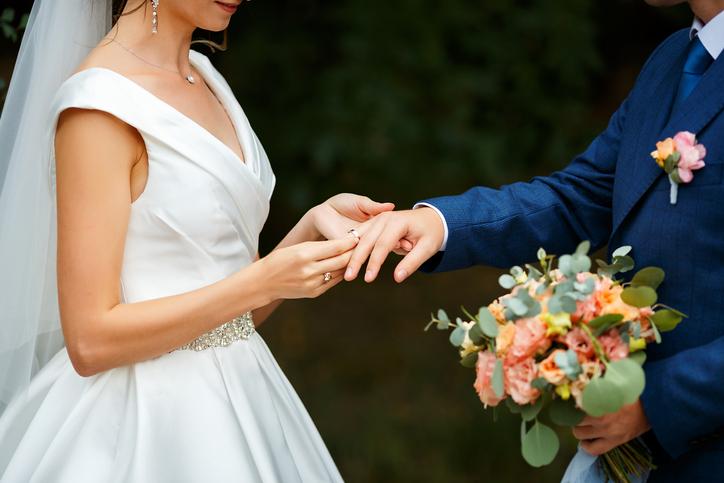 幸せな結婚のために…健闘を祈る!(写真:iStock)