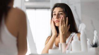 顔痩せしたい! フェイスラインを引き締めて小顔にする方法