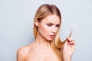 パサパサ髪がつらい…ドライヘアになる原因&5つの改善方法