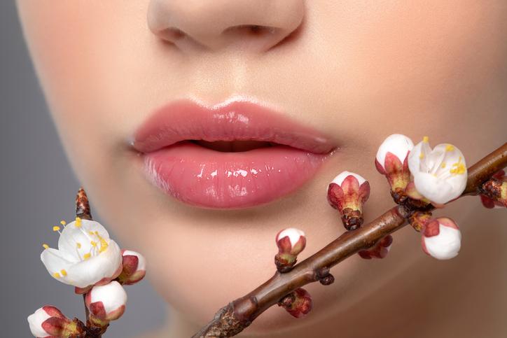 簡単ケアで魅力的な唇を目指して♡(写真:iStock)