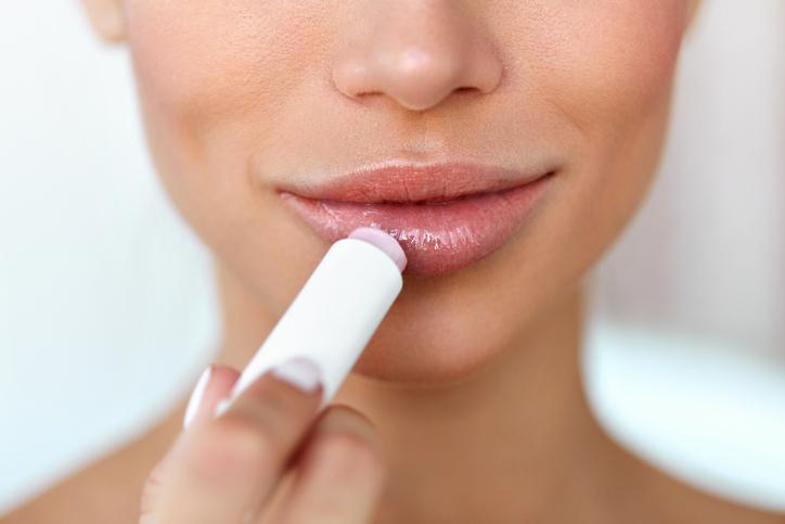 正しい使い方で美しい唇に♡(写真:iStock)