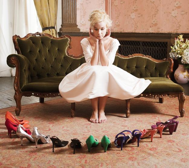 今日はどの靴を履こうかな(写真:iStock)