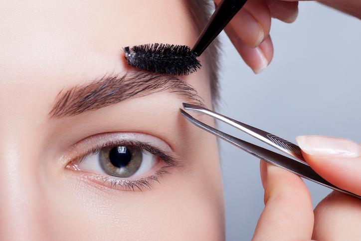 眉毛のお手入れ方法を見直そう!(写真:iStock)