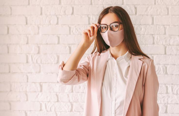 快適なマスク×眼鏡ライフを(写真:iStock)
