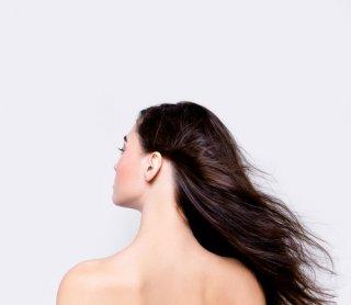 ロングヘアは何歳まで?30代から40代を美しく魅せる髪型5つ
