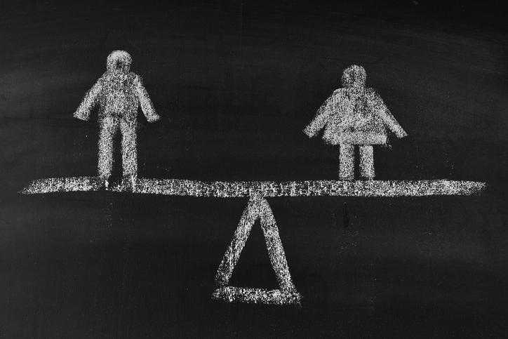 お互い対等な立場を保とう(写真:iStock)