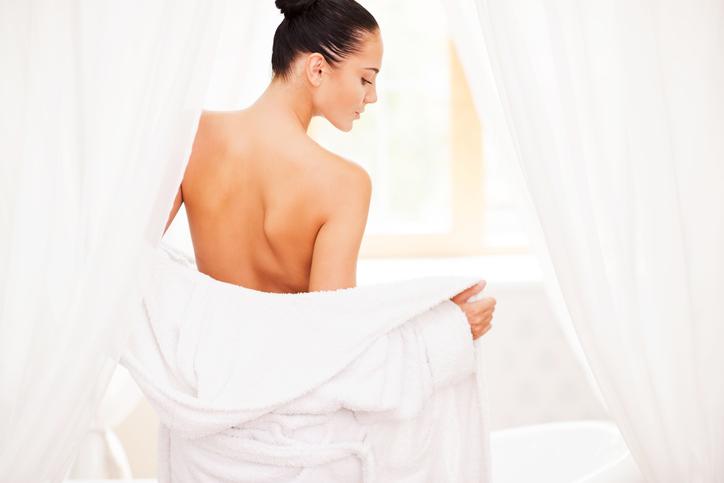 お風呂あがりって乾燥してるんです(写真:iStock)