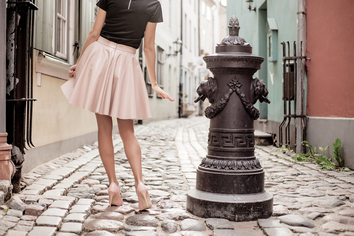 華奢なヒールで女性らしさを(写真:iStock)