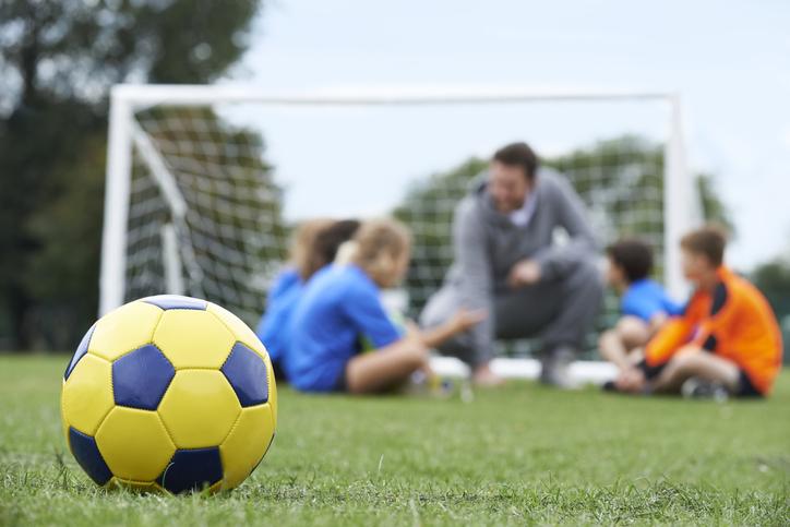 きっかけは息子のサッカー教室(写真:iStock)