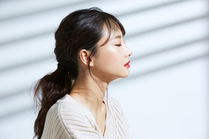 憧れの韓国アイドルメイクに挑戦(写真:iStock)