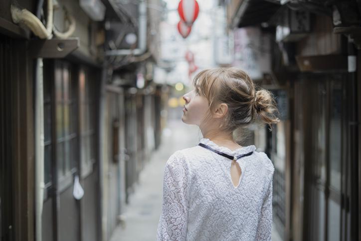 横丁系飲み屋が大好き♡(写真:iStock)