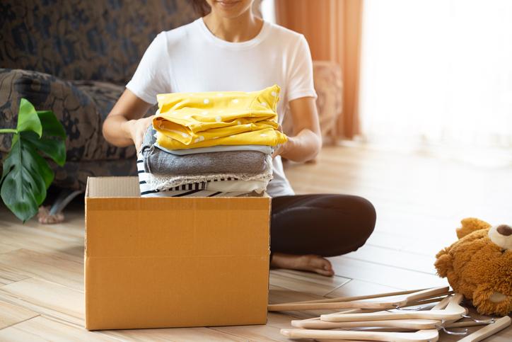着なくなった服を寄付してお得に買い物を(写真:iStock)